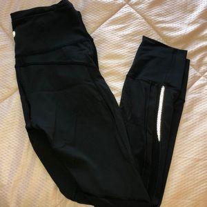 7/8 lululemon black leggings